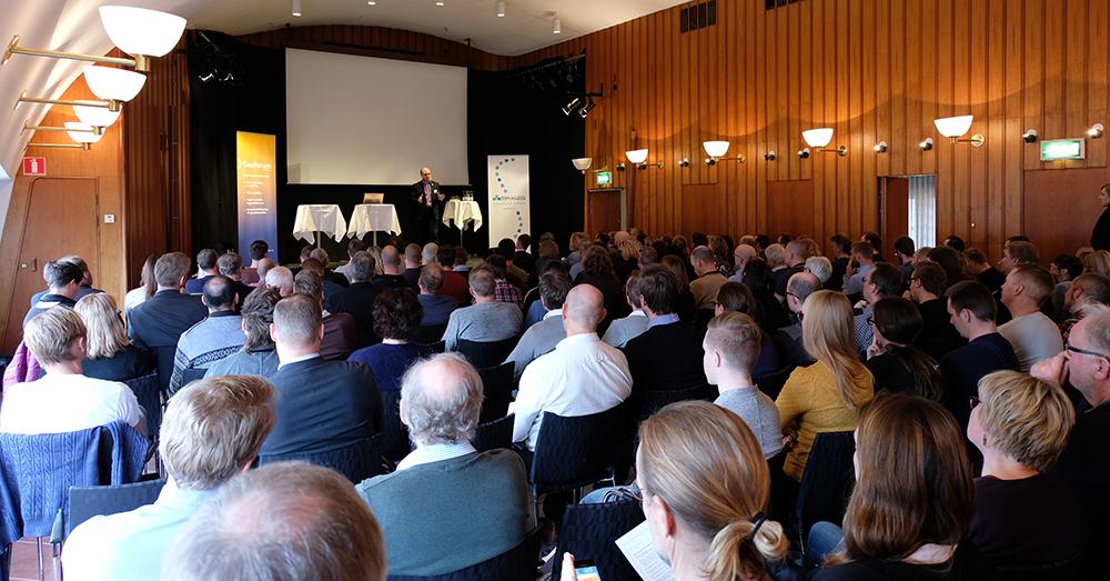 publik och erik ottoson på drönarkonferensen