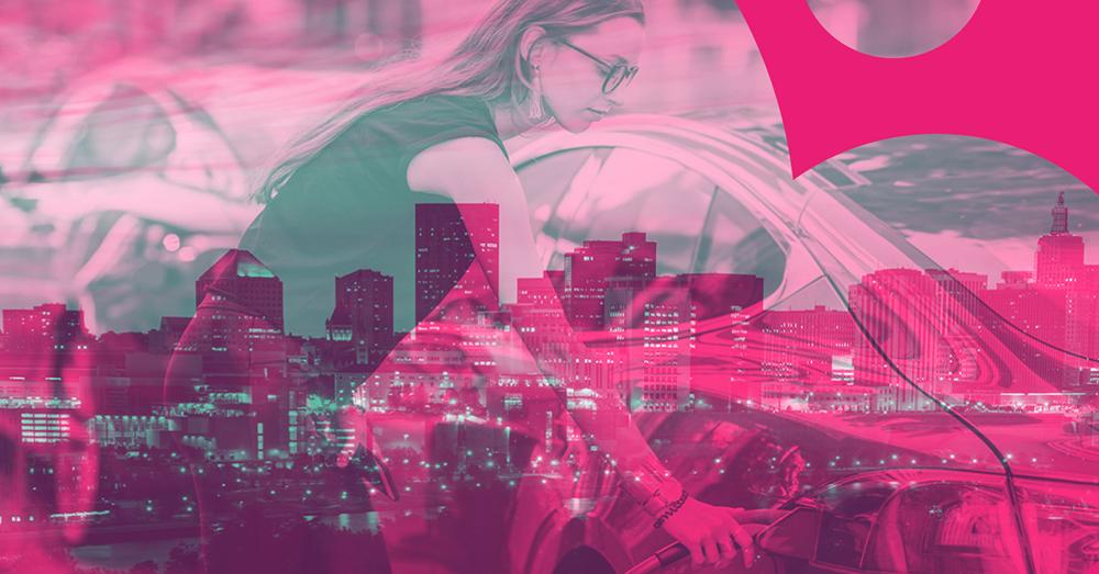 Smart City Stockholm 2021 rosa kvinna 1000x523