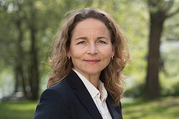 Julia Bjorklund